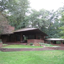 The palmer house 11 photos vacation rentals 227 for Frank lloyd wright palmer house