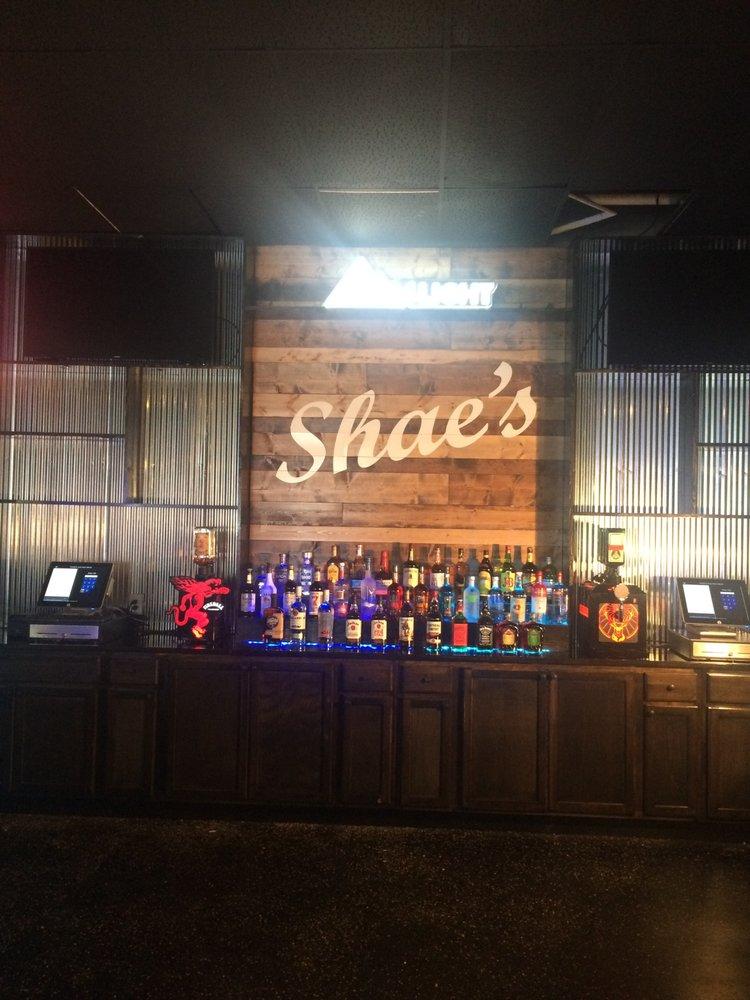 Shae's Pub and Grub: 126 N Oak St, Arcola, IL