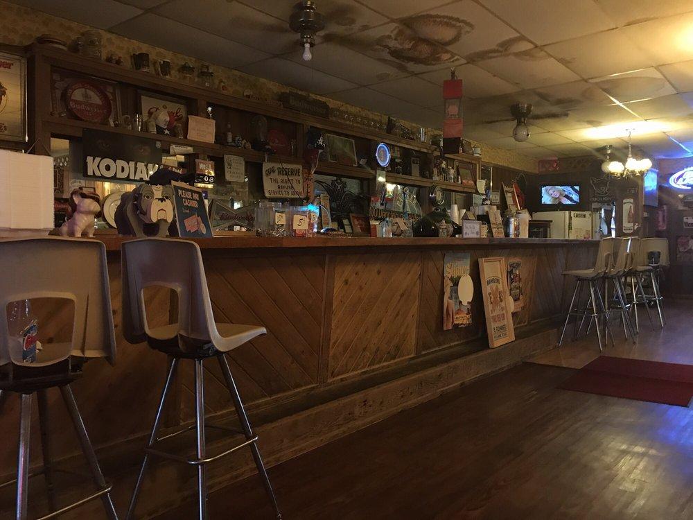 Lois and Jerry's: 141 E Clark St, Bartlett, TX