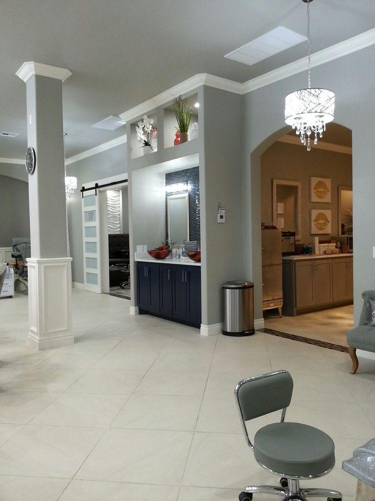 Modish Nail Spa & Lounge: 1060 SW 4th St, Moore, OK