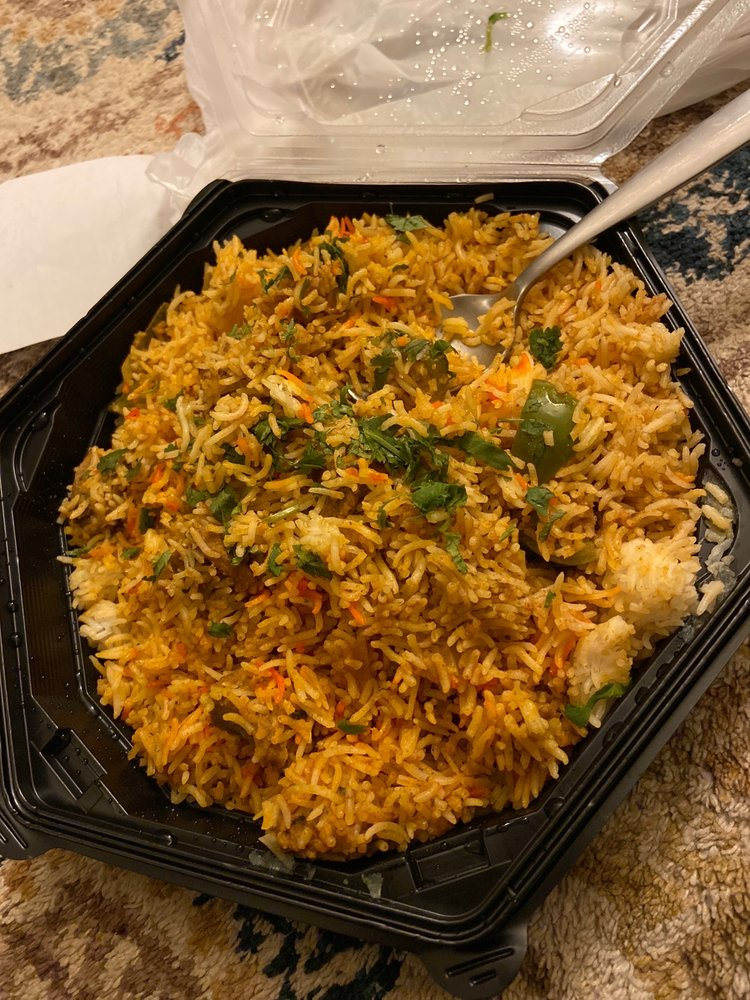 Globe Indian Cuisine: 712 N Manhattan Ave, Manhattan, KS