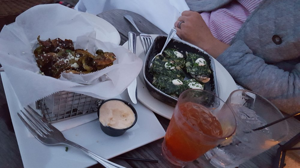 Front Street Grill: 300 Front St, Beaufort, NC