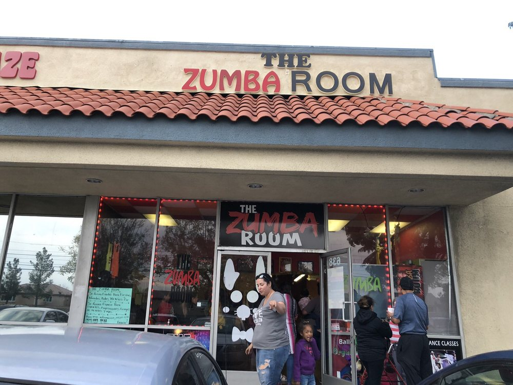 The Zumba Room: 638 W Base Line Rd, Rialto, CA