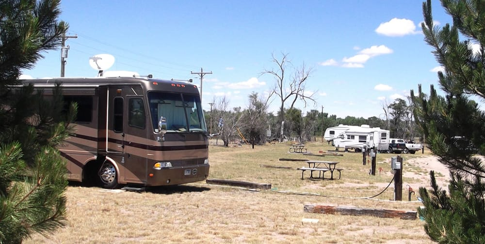 Pony Express RV Park: 20821 County Rd 28, Julesburg, CO