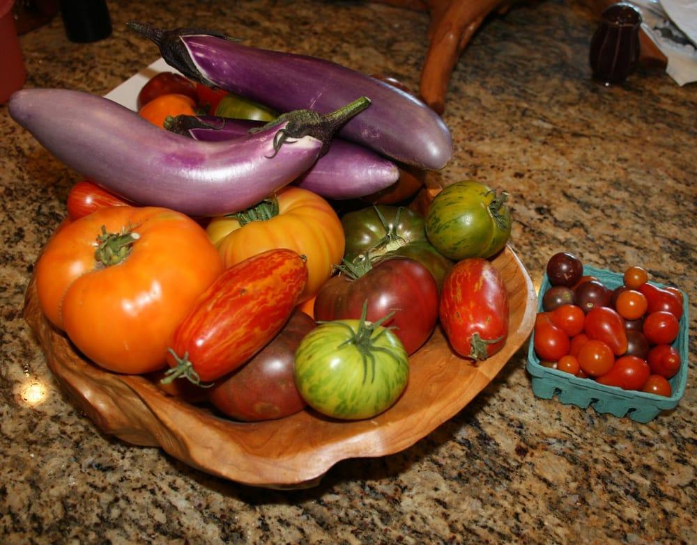 SunnysideLOCAL Produce and Nursery: 415 Sunnyside Ave, Redlands, CA