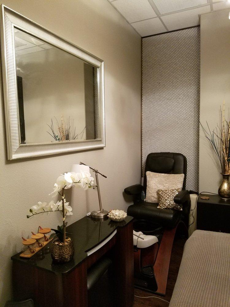 Phenix Salon Suites - Orlando: 30 W Grant St, Orlando, FL