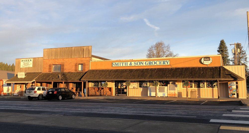Smith & Son Grocery: 254 E State St, Mossyrock, WA