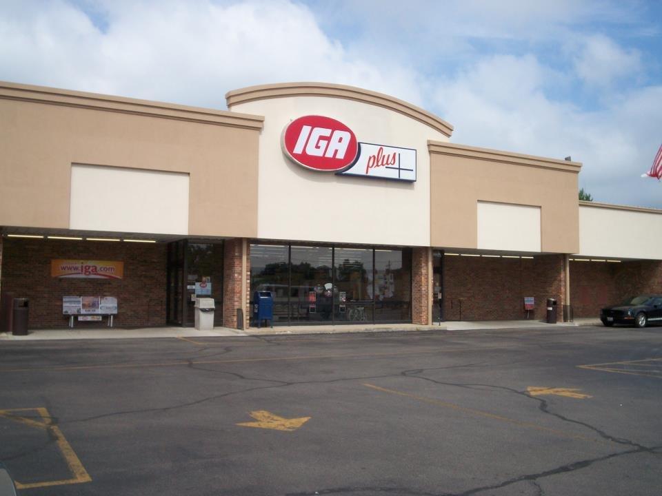 Jerry's Iga: 425 S Hamilton St, Sullivan, IL
