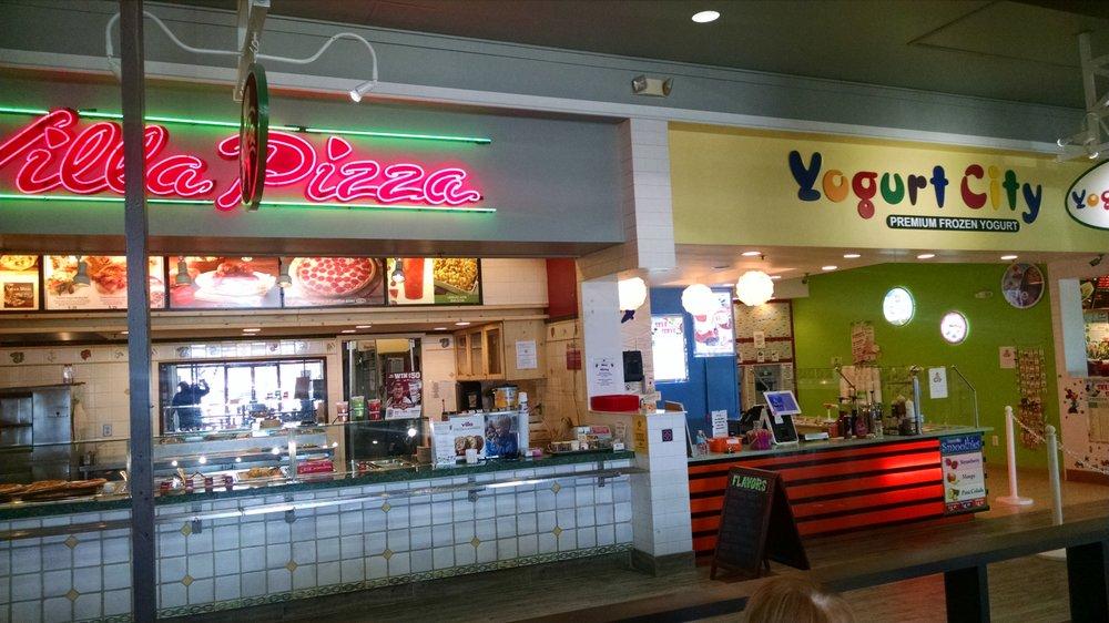 Lodi Station Outlets Food Court