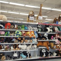 Toys R Us Closed 27 Photos 27 Reviews Toy Stores 300 W