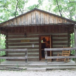 The wilderness at silver dollar city 16 photos 17 for Cabins near silver dollar city