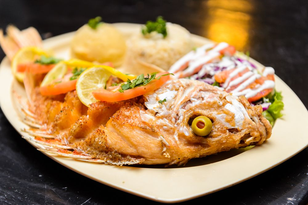Los Cabos Seafood: 7200 N Mesa St, El Paso, TX