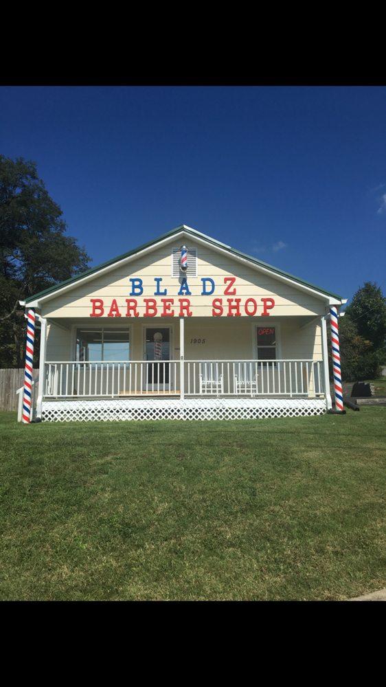 BLADZ Barber Shop: 1905 Blountville Blvd, Blountville, TN