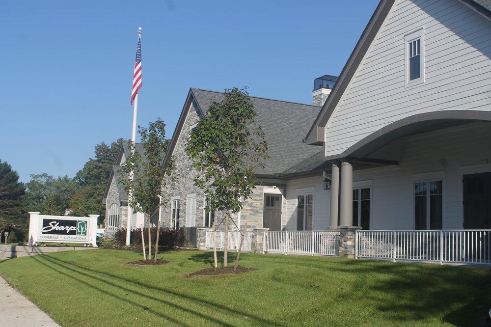 Sharp Funeral Home & Cremation Center: 8138 Miller Rd, Swartz Creek, MI