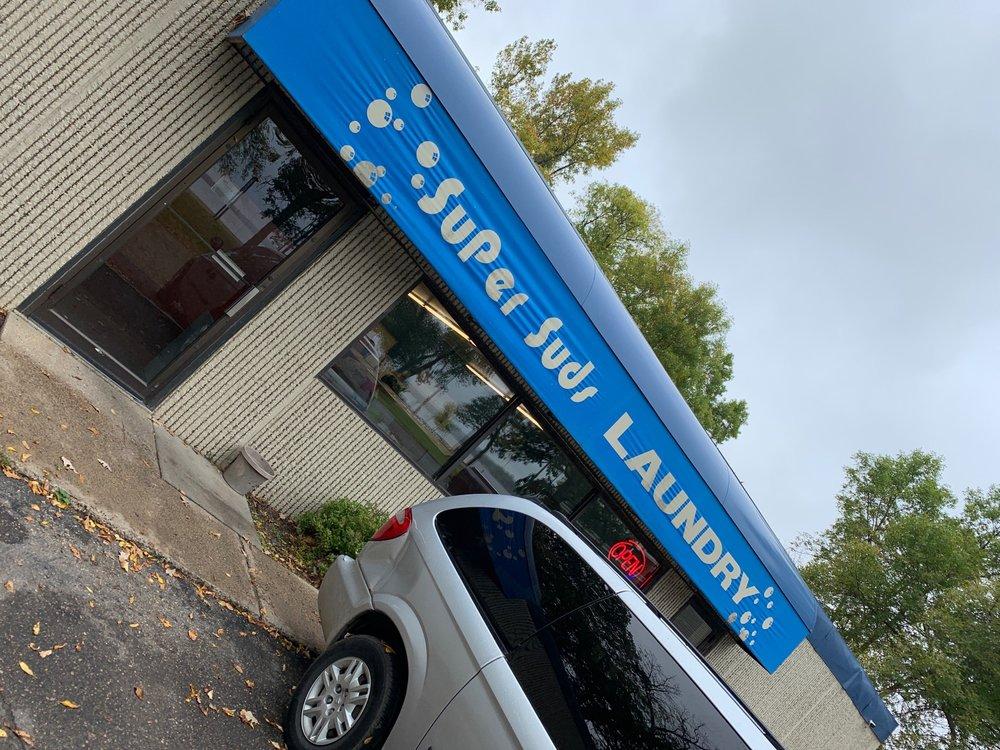 West Lake Laundry: 802 W Lake Dr, Detroit Lakes, MN