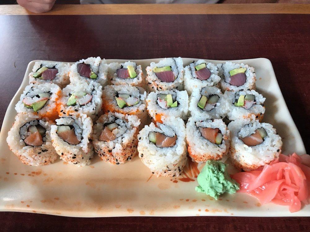 Hayashi Chinese  -  Japanese Restaurant: 1607 N Travis Ave, Cameron, TX