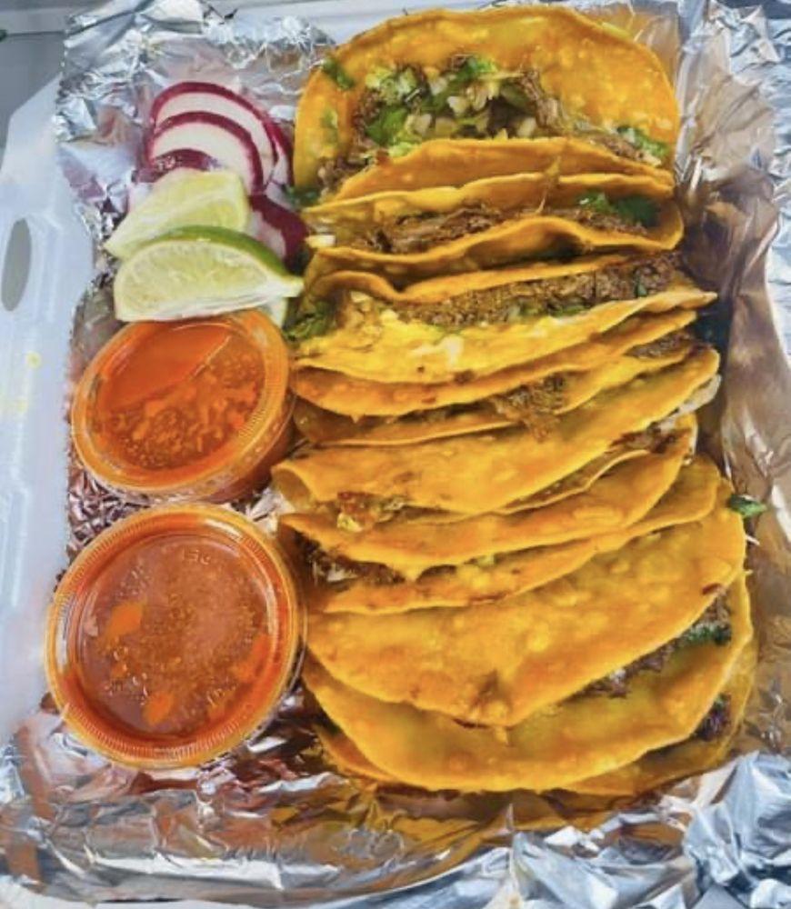 Food from Tacosandwingsok