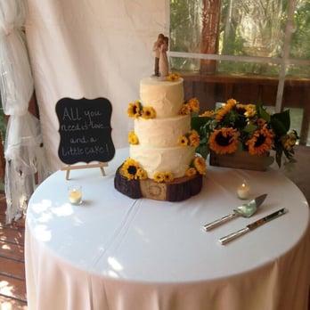 Wedding cakes mammoth lakes ca