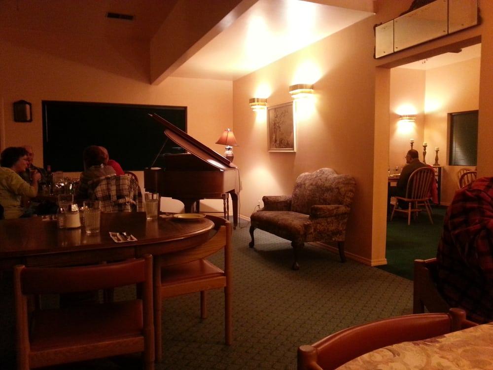 Marie's Italian Restaurant: 4040 US Hwy 93 N, Stevensville, MT