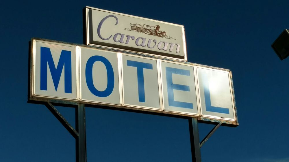 Caravan Motel: 31913 64th Ave, Cannon Falls, MN