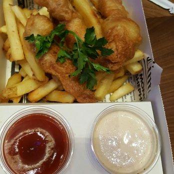 Gordon ramsay fish chips 506 photos 240 reviews for Gordon ramsay las vegas fish and chips