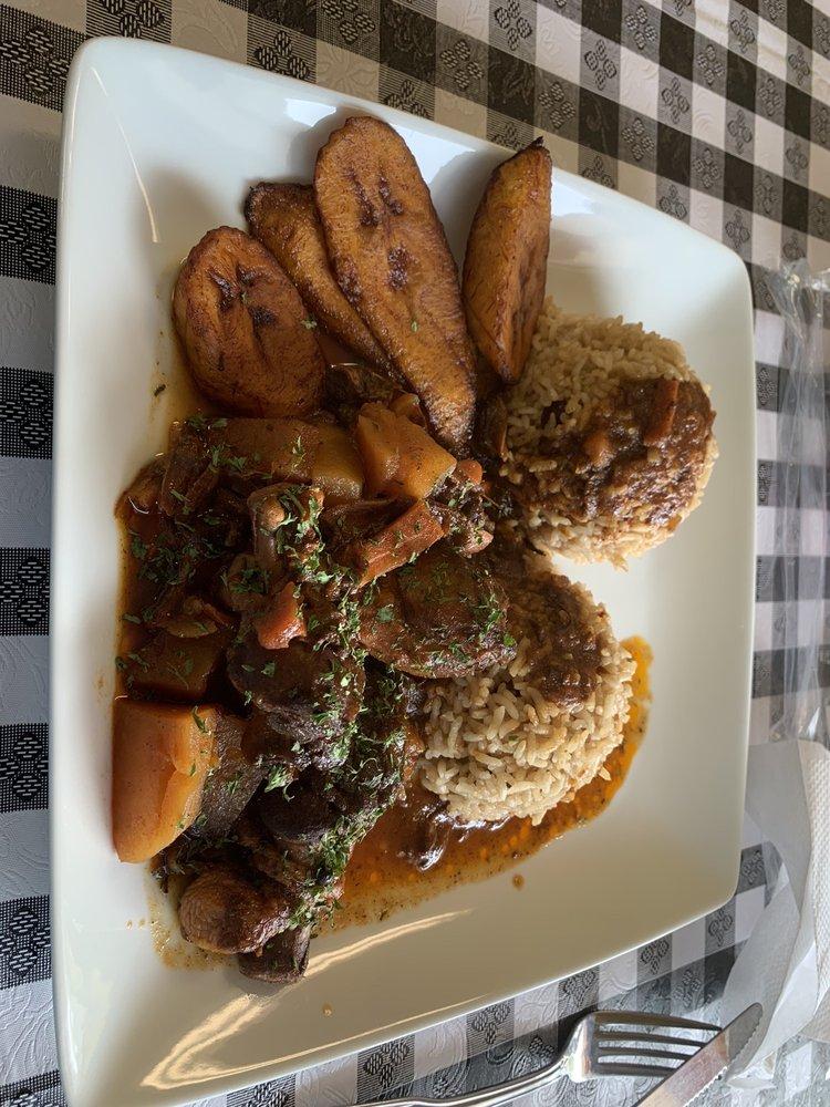Jamrock Caribana Restaurant & Grill: 730 Augusta Rd, Warrenville, SC