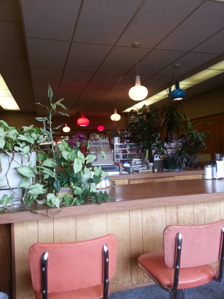 Bob's Cafe: 610 5th Ave, Belle Fourche, SD