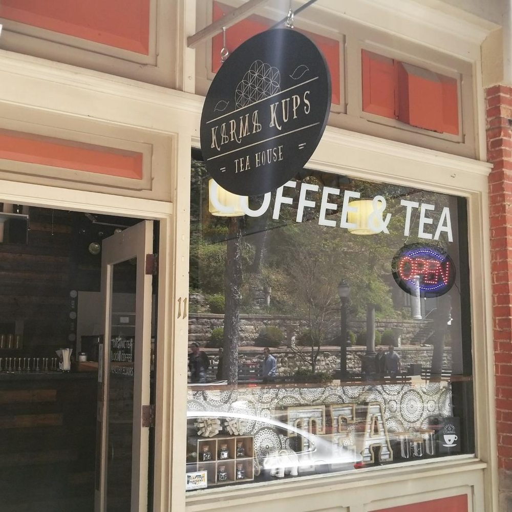 Karma Kups Tea House: 11 Spring St, Eureka Springs, AR