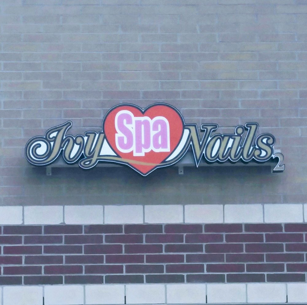 Ivy Spa Nails: 303 Indian Boundary Rd, Chesterton, IN