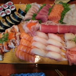 Hinode Japanese Restaurant - Piermont, NY, United States. Sushi sashimi deluxe...Sooooo good...makes me wanna slap my mama