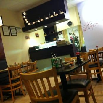 Mika sushi 13 photos 12 reviews japanese 575 river glen boulevard oakville on - Mika japanese cuisine bar ...