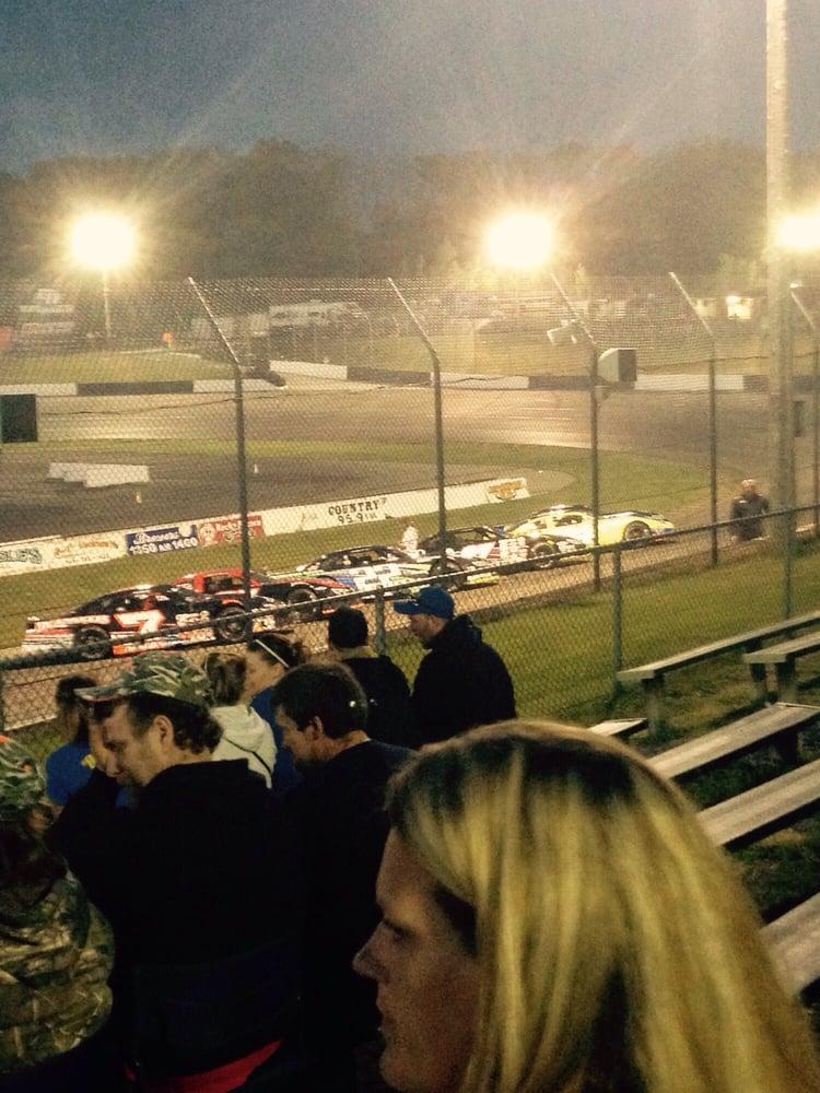 Dells Raceway Park: N1070 Smith Rd, Wisconsin Dells, WI