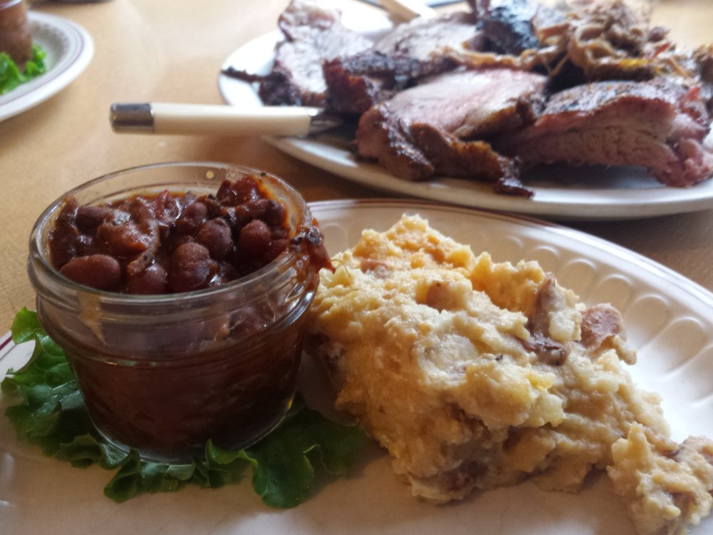 Incahoots BBQ & Catering: 102 Moser Ave, Council, ID