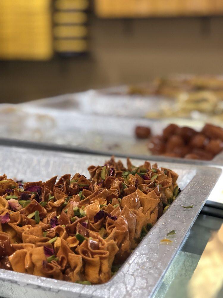 Kandoo Patisserie & Cafe
