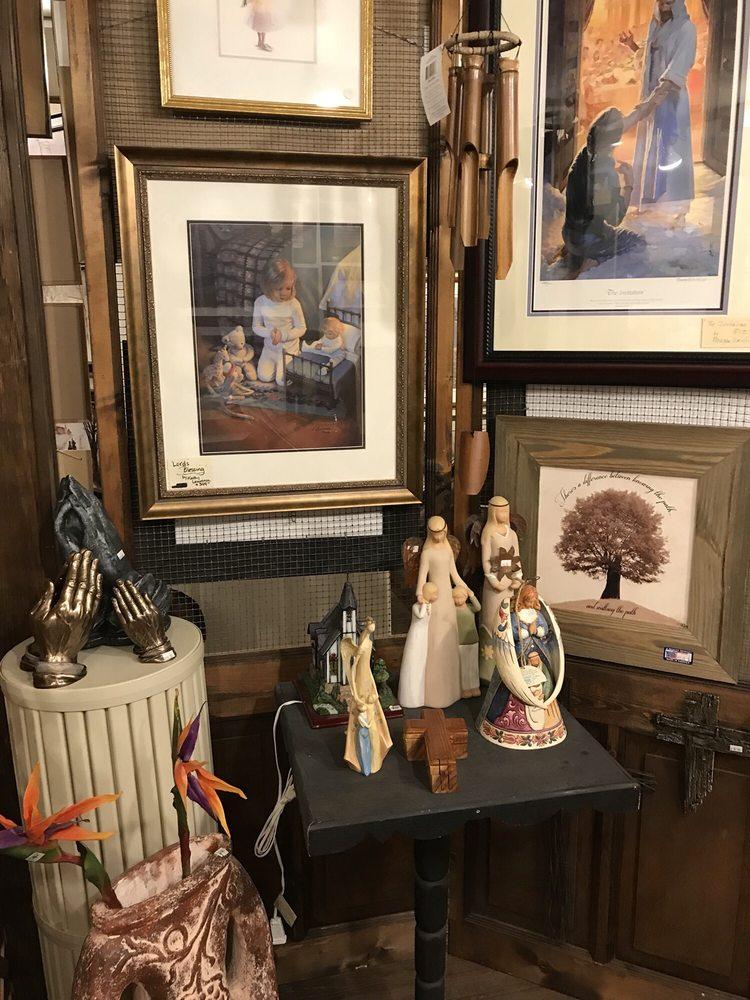 Wild Goose Gallery: 3449 Old Philadelphia Pike, Intercourse, PA