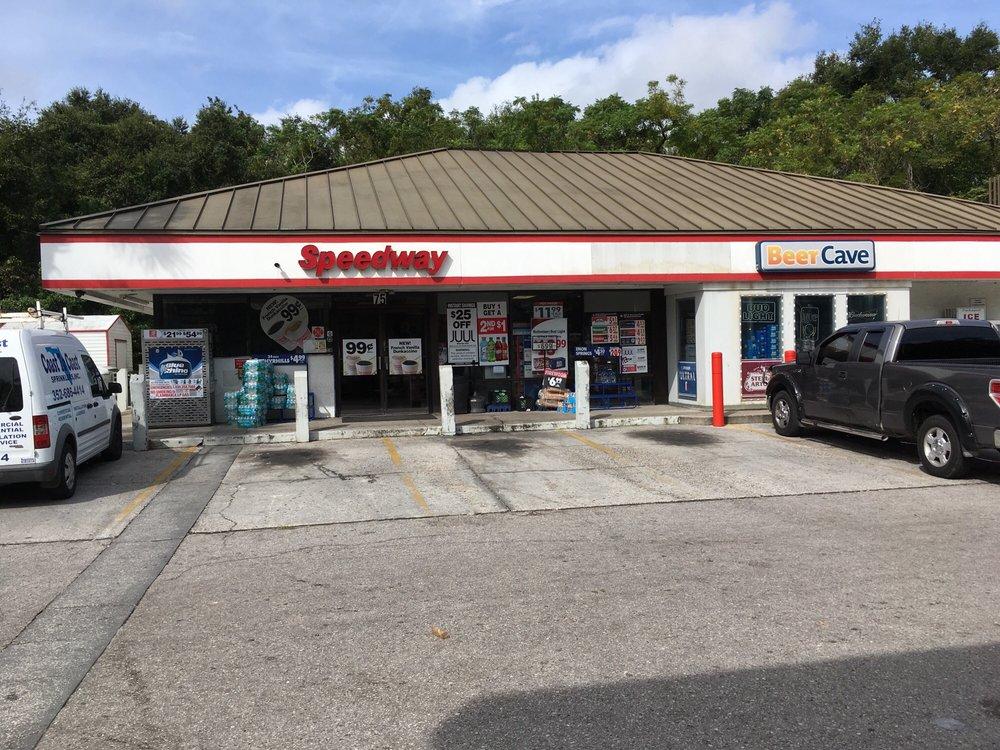 Speedway: 75 Broad St, Masaryktown, FL