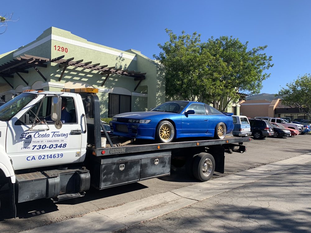 Towing business in Carlsbad, CA