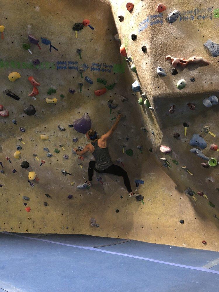 Space City Rock Climbing: 201 Hobbs Rd, League City, TX