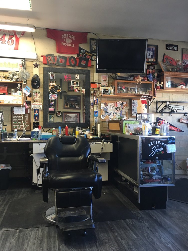 Deerpark Barbers: 8004 Blue Ash Rd, Deer Park, OH