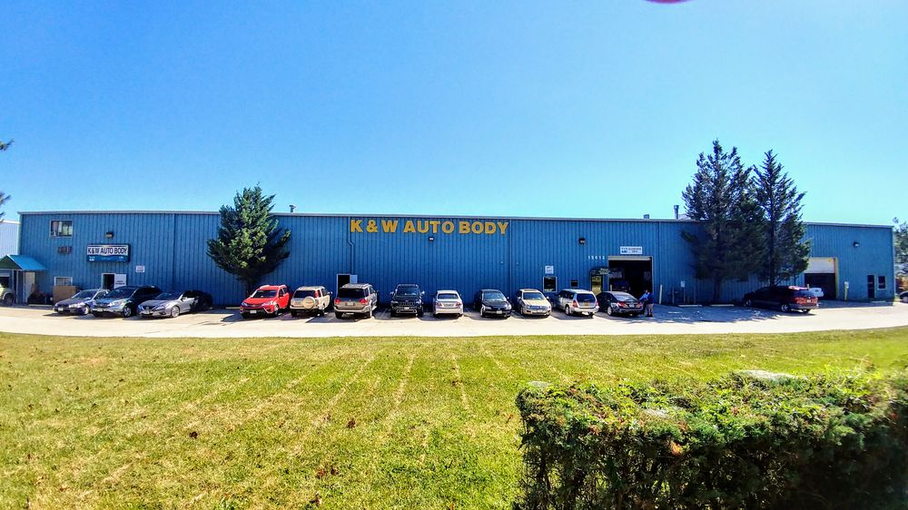 K & W Auto Body: 15413 Farm Creek Dr, Woodbridge, VA