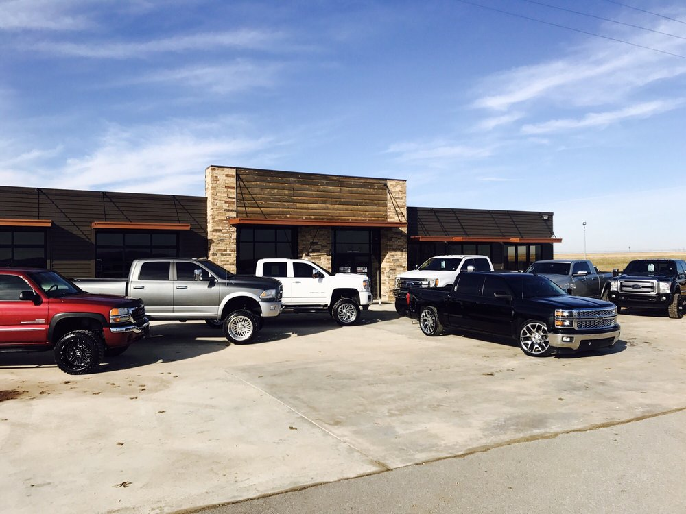 Hosstyle Motors: 2238 N Broadway, Checotah, OK