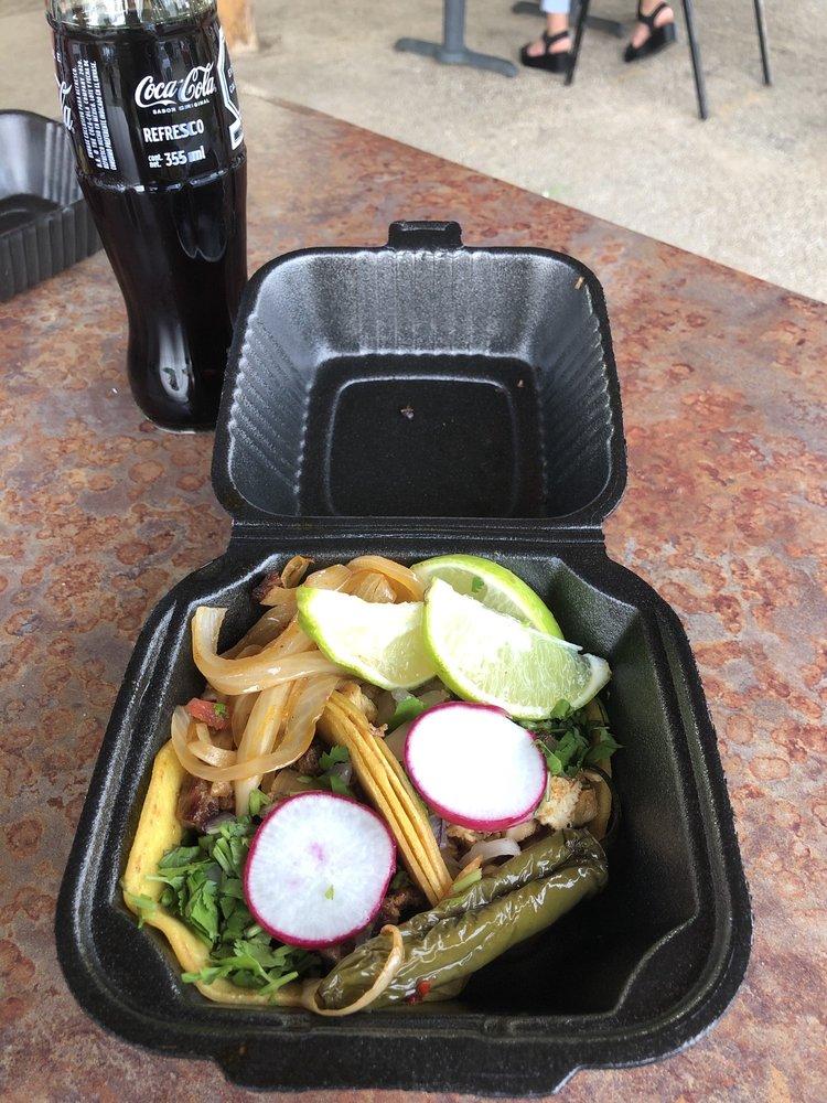 Tacos X Plosivos: 13402 US Hwy 190, Livingston, TX