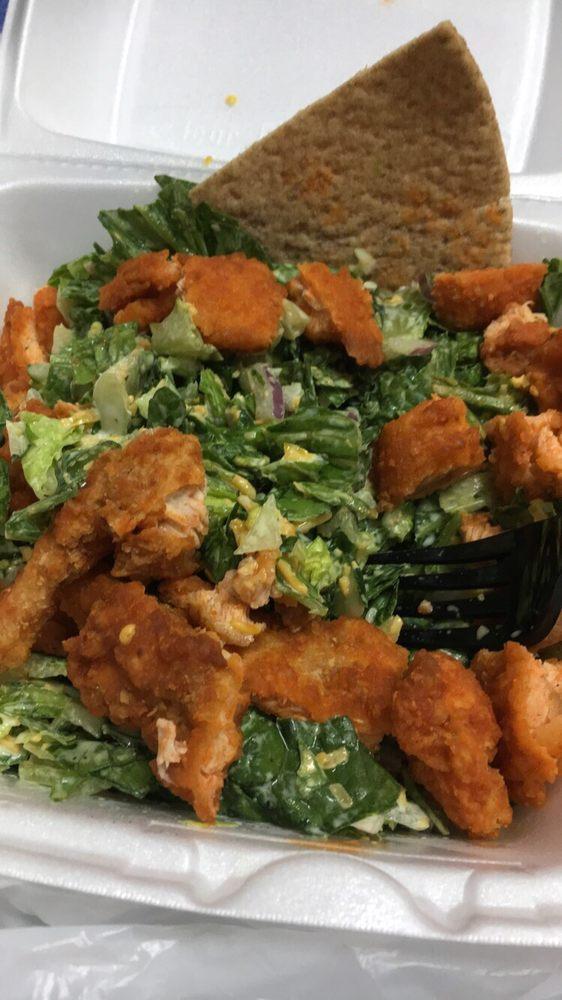 Doc Green's Salads & Grill: 410 N Hillside St, Wichita, KS