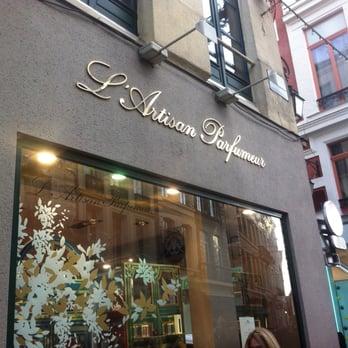 l artisan parfumeur artisanat 28 rue esquermoise centre lille num ro de t l phone yelp. Black Bedroom Furniture Sets. Home Design Ideas