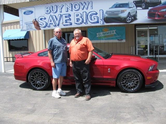 Caraway Ford: 100 N US Highway 87, Nixon, TX