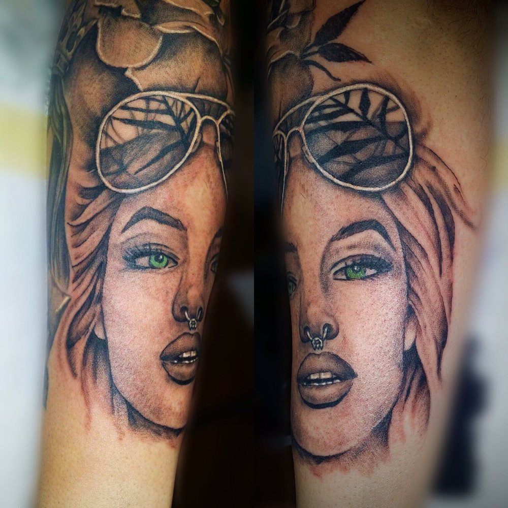 Amaryllis Tattoo Artistry & Design: 3655 William Penn Hwy, Palmer Township, PA