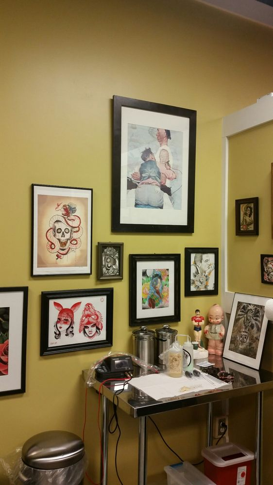 Stranci Tattoo & Piercing: 5126 Pearl Rd, Cleveland, OH