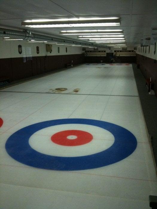 Petersham Curling Club: 250 N Main St, Petersham, MA