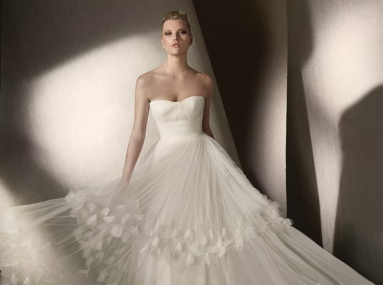 Pronovias St. Patrick Brautmoden by K. For Bride - Fashion ...