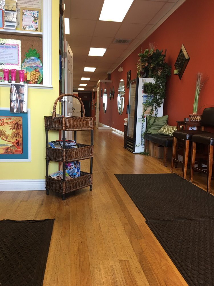 Sunset Beach Tanning Salon: 700-28 Patchogue Yaphank Rd, Medford, NY